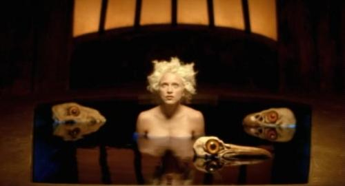 BEDTIME STORY - MADONNA Madonnabedtimestory09