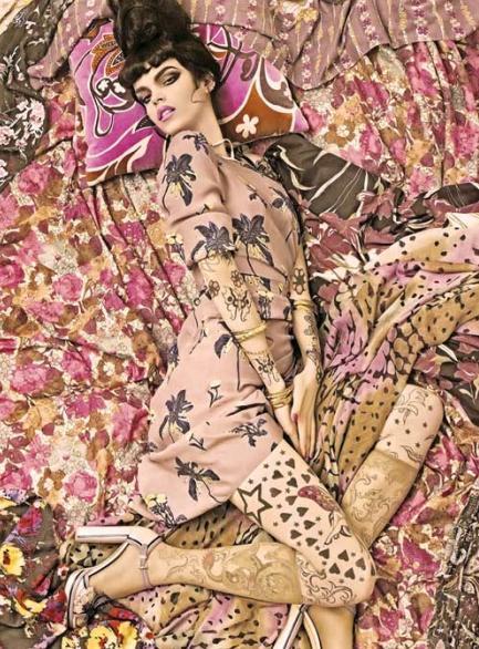 vogue-steven-meisel-patterns03