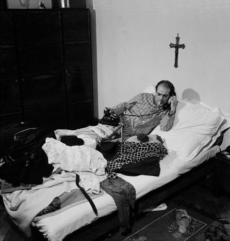 jean-manzon-villa-lobos-em-seu-quarto-rj-1944