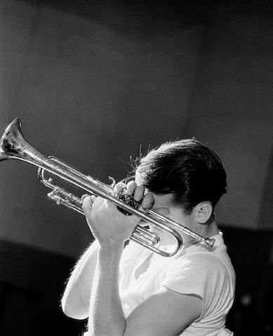 herman leonard - chet baker - nyc - 1956