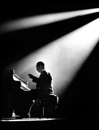 herman leonard - duke ellington - paris - theatre olympia - 1958