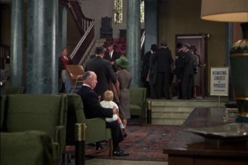 hitchcock cameo - cortina rasgada (1966)