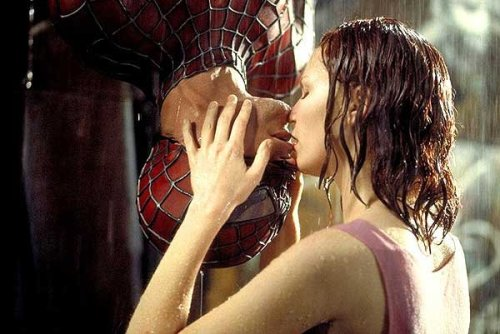 Spider-Man_kiss