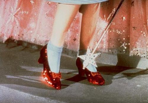 Os sapatinhos vermelhos da Dorothy