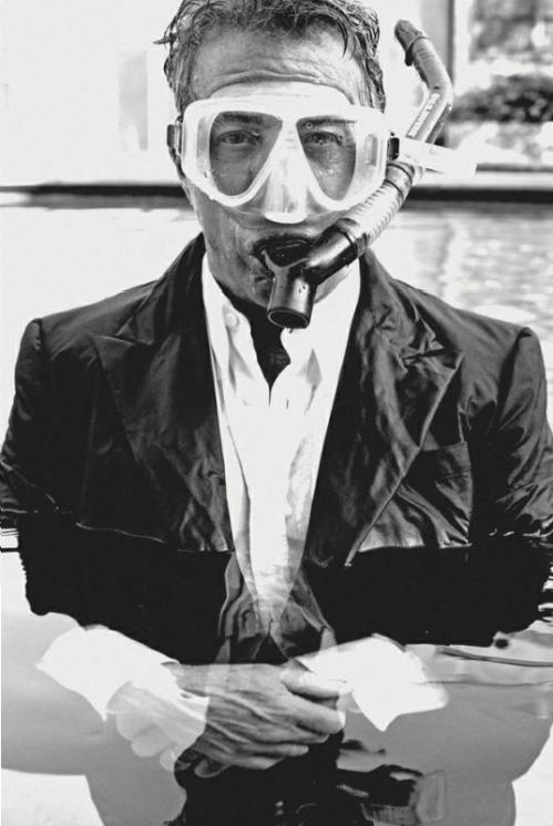 Tom Munro - Dustin Hoffman