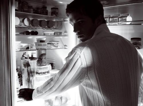 Mario Testino - Ashton Kutcher - 2008